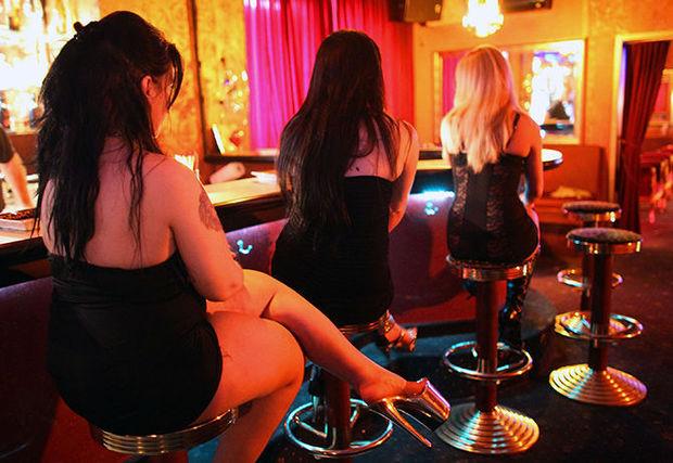 Проститутка открыла кафе
