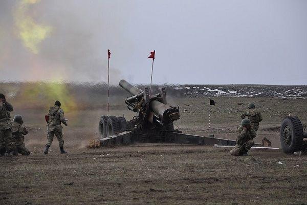 Türkiyə artilleriyanı işə saldı: Terrorçular Afrindən geri çəkildi