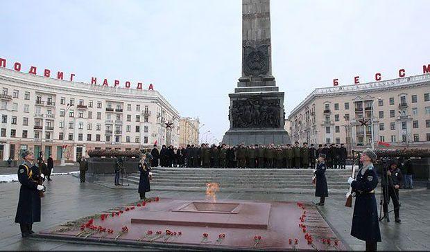 Zakir Həsənov Belarus Silahlı Qüvvələrinin 100 illiyinə həsr olunmuş tədbirlərdə iştirak edib