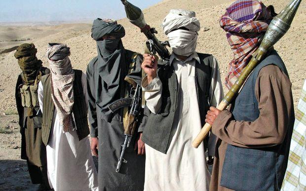 """""""Taliban"""" azı 25 hərbçini qətlə yetirdi"""