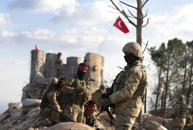 Türk ordusu Afrinə hücumlara başlayıb