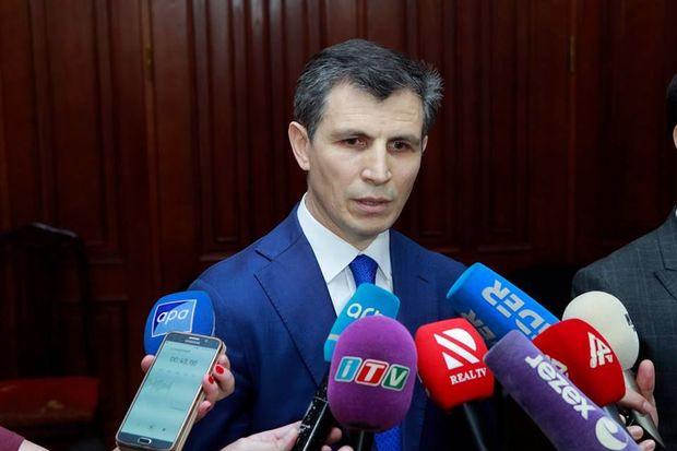 Deputat: Müharibələr iqtidarlardan siyasi təqvimi dəyişməyi tələb edir