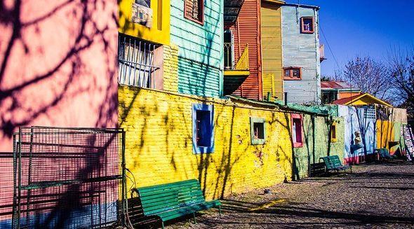 Dünyanın ən rəngli şəhərləri – FOTO