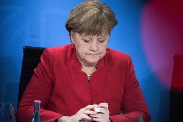 Merkel məhkəməyə verildi