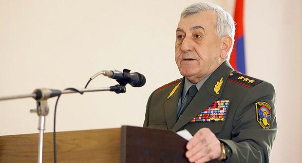 Ermənistanın sabiq müdafiə naziri axtarışa verildi