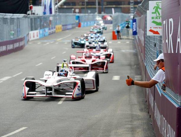 """""""Formula-1"""" başqa çempionatla birləşdirilə bilər"""