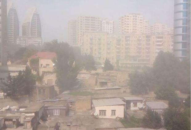 Bakının bürüyən toz-dumanın əsas səbəbi açıqlandı