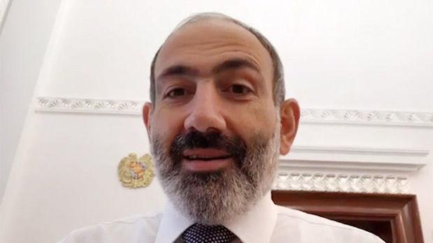 Ermənistan hakimiyyətini dağıdan Paşinyan məzuniyyətə çıxdı