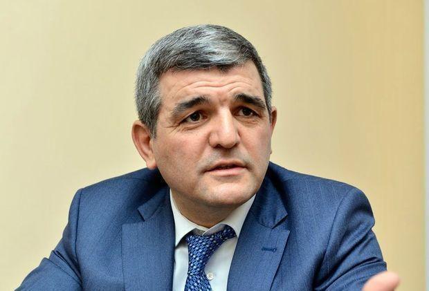 Deputat AzTV və İctimai TV-dən narazılıq etdi