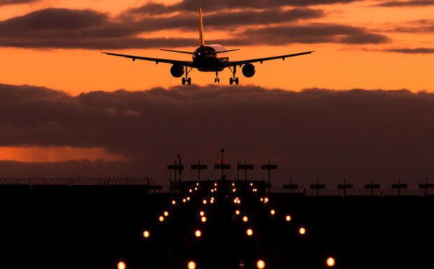 Moskva aeroportunda təyyarə ermənini vurdu