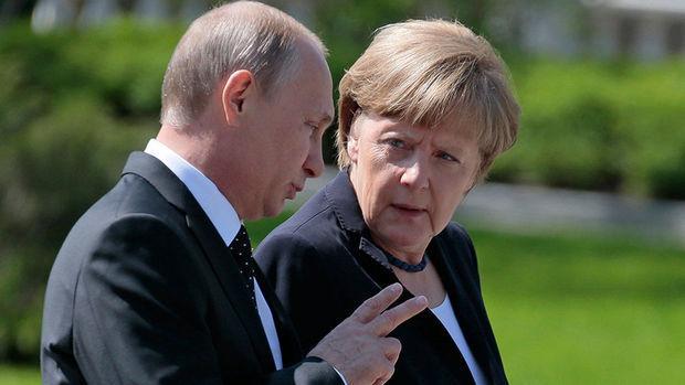 Putindən Merkelə Ukrayna xahişi