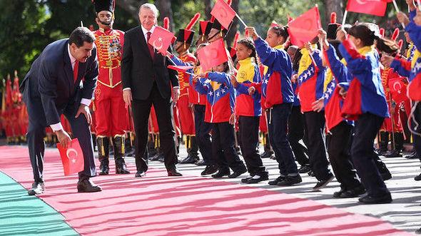 Venesuela prezidentindən Ərdoğana incə jest - FOTO