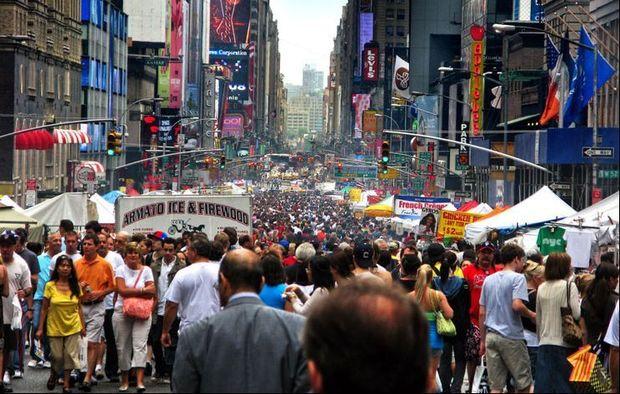 İnsanlar Nyu-Yorku kütləvi şəkildə tərk edir