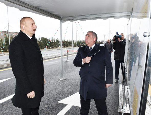 İlham Əliyev Bakıda yol açılışında - FOTO