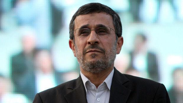 İranın keçmiş prezidenti ermənilərlə birlikdə Miladı qeyd etdi - FOTO