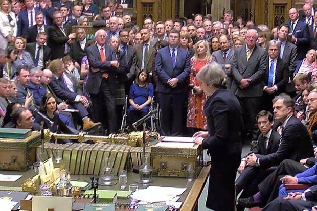 """Britaniyalı deputatlar """"Brexit""""in şərtlərinə dair sazişə """"yox"""" dedilər"""