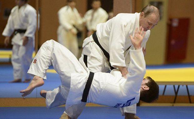 Putin zədəsindən danışdı