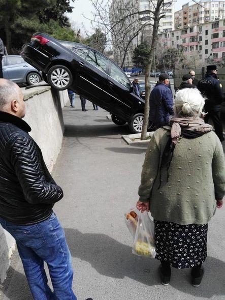 Bakıda qeyri-adi qəza - FOTO