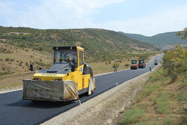 Prezident Pirallahıda yolların yenidən qurulmasına pul ayırdı