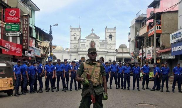 Şri-Lankadakı terrorla bağlı kütləvi həbslər başladı