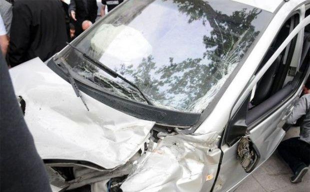 Salyanda mikroavtobusla avtomobil toqquşdu: yeddi yaralı