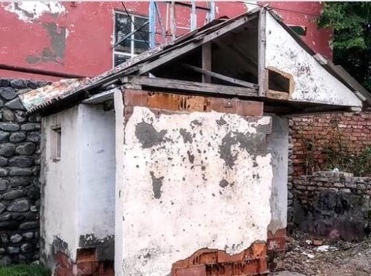 Zaqatalada məktəb tualeti adı ilə yayılan fotolar yalan çıxdı