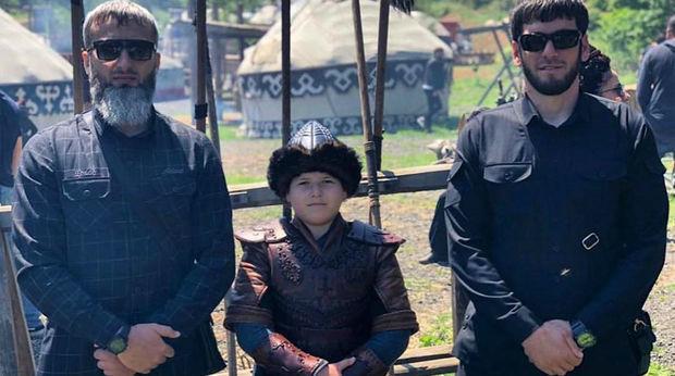 Kadırovun oğlu türk serialında çəkilib