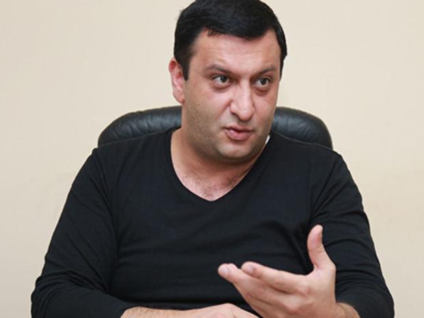 Müşfiq Abbasovun evini əlindən aldılar