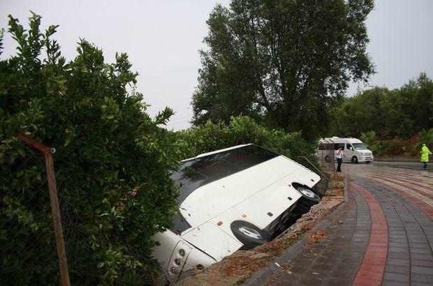 Antalyada azərbaycanlı ailənin olduğu avtobus dərəyə aşdı