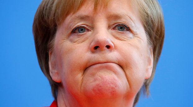 """Merkel təcili məzuniyyətə çıxır – """"Titrəyən qadın""""ı da özü ilə götürür"""