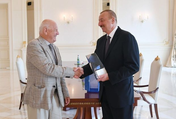 İlham Əliyev Avropa Olimpiya Komitələrinin prezidentini qəbul etdi - FOTO