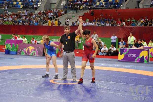 Daha iki güləşçimiz Avropa Gənclər Olimpiya Festivalında qızıl medal qazandı