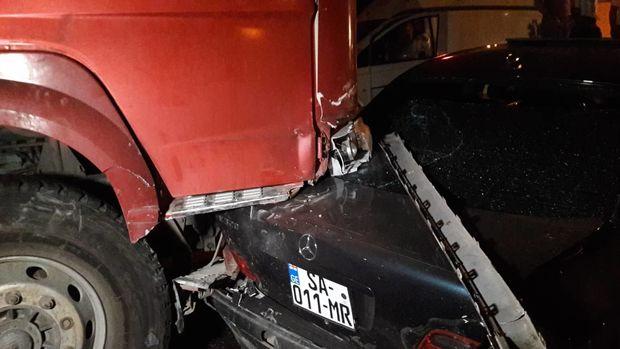 Bakıda dəhşətli qəza: yeddi maşın toqquşdu, beş nəfər yaralandı