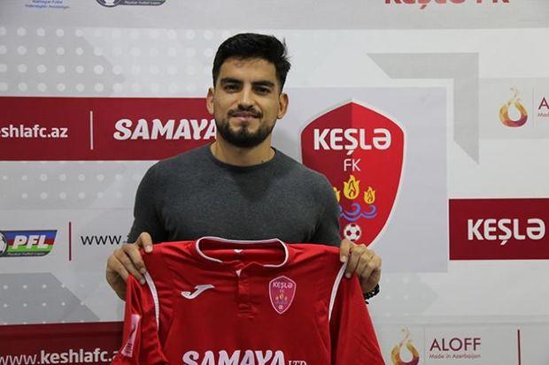 Azərbaycan klubu paraqvaylı futbolçunu transfer etdi