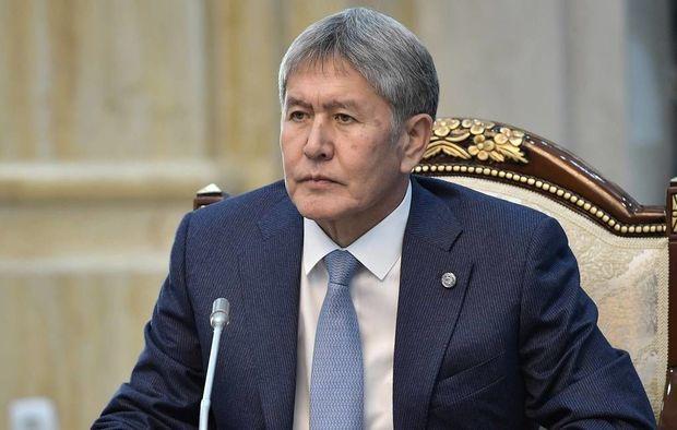 Atambayev saxlanıldı