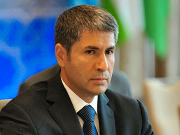 Vilayət Eyvazov Arif Alışanovun qardaşını işdən çıxardı