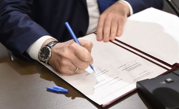 Baş nazir polis və hərbçilərin maaşları ilə bağlı qərar imzaladı