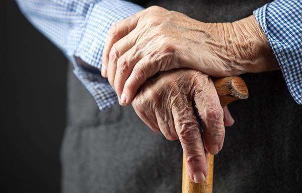 Göyçayda oğul 79 yaşlı atasını bıçaqladı