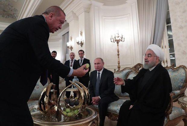 Ərdoğan Putin və Ruhanini əncirə qonaq etdi