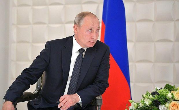 Putin Koçaryanın arvadı ilə görüşdü