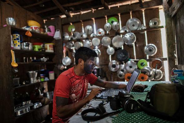 Amazon hinduları: ənənədən xaric müasir həyat - FOTO_4