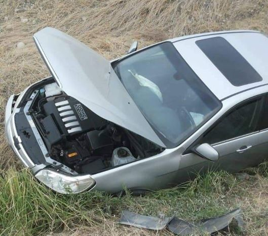 Kürdəmirdə dəhşətli qəza: Avtomobil aşdı, sürücü içindən xəsarət almadan çıxdı - FOTO