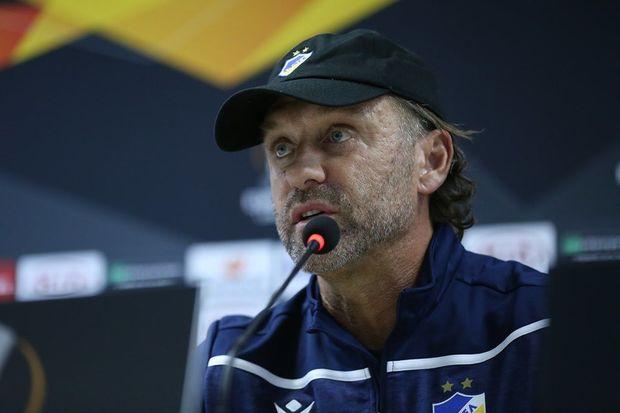 APOEL-in baş məşqçisi iddialıdır: Sabah, oyundan sonra gülən tərəf mən olacam
