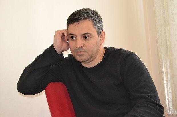Azərbaycan kişisi Nigarsız, Həcərsiz, Anjelikasız qalanda uduzur