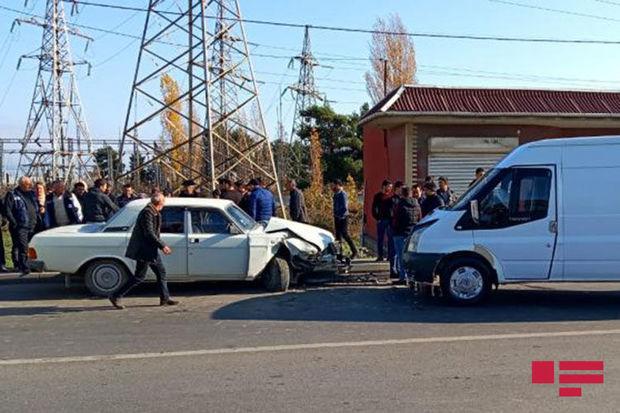 Xaçmazda iki avtomobil toqquşdu: ölən var - FOTO