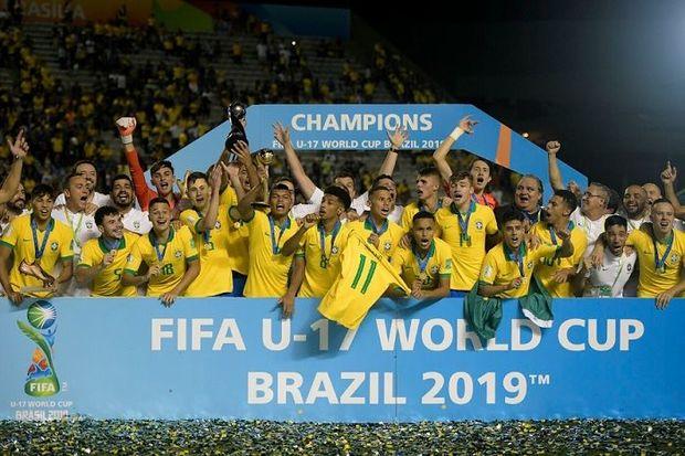 Braziliya dünya çempionu oldu - VİDEO