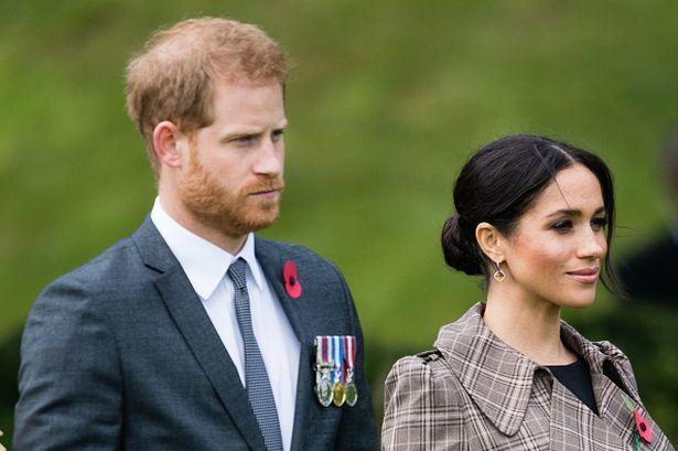 Britaniya kral ailəsində parçalanma davam edir: Heç kim onlarla ünsiyyət qurmur