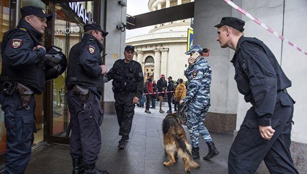 Moskvada 600 obyektdə partlayış təhlükəsi: 110 min insan təxliyyə edilib