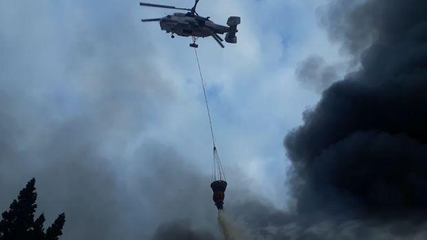 """""""EuroHome""""da yanğını söndürmək üçün üç helikopter cəlb olundu - FOTO/VİDEO"""