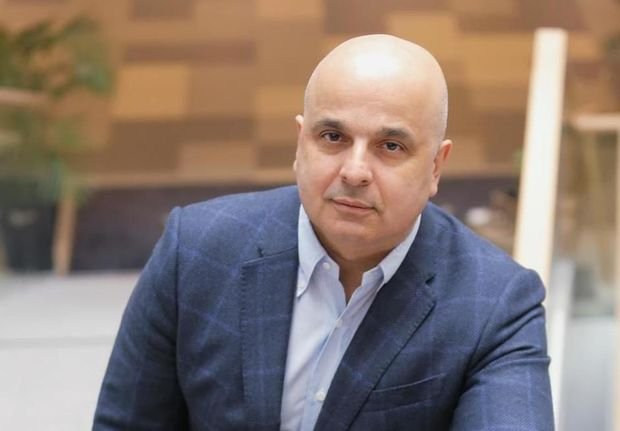 Azərbaycanlı həkim dünyanın altı nevroloqundan biri seçildi